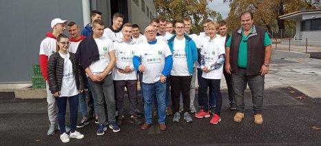 Πολωνοί μαθητές επισκέφθηκαν τα ψυγεία Κουπατσιάρα στον δήμο Τεμπών