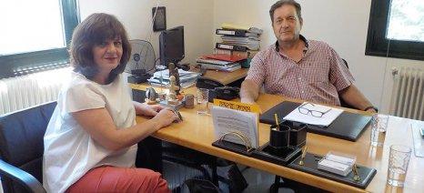Ένωση κονσερβοποιών προς Καρασαρλίδου: Έχει ήδη ανακοινωθεί τιμή 0,25 ευρώ το κιλό για το συμπύρηνο ροδάκινο