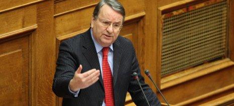 Διαφωνεί ο Καρασμάνης με την πληρωμή των ενισχύσεων de minimis στα ροδάκινα