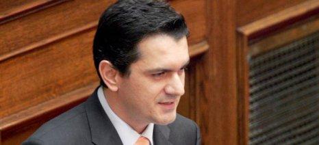 Κασαπίδης: Αδράνεια της κυβέρνησης για την προστασία της φέτας και των ελαιών Καλαμάτας