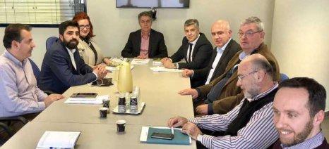 Συνάντηση περιφερειαρχών και Κασίμη για την επίλυση του θέματος με τους επιλαχόντες νέους αγρότες