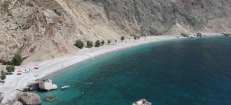 Νεκρή τουρίστρια από κατολίσθηση σε παραλία στα Σφακια