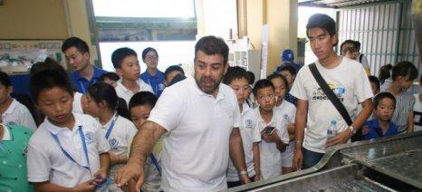 Κινέζοι μαθητές επισκέπτονται την Ηλεία και μαθαίνουν τα μυστικά του ελαιολάδου
