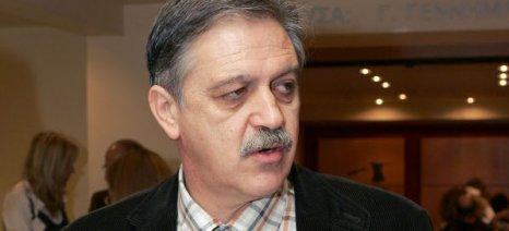 Κουκουλόπουλος: «Η χώρα χρειάζεται ισχυρές ομάδες παραγωγών και όχι πακέτα Χατζηγάκη»