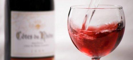 Ελέγχους για παράνομες οινοποιήσεις και «ελληνοποιήσεις» οίνου ζητούν 45 βουλευτές του ΣΥΡΙΖΑ