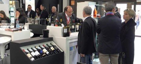 Κατά 5,2% αυξήθηκε η αξία των εξαγωγών ελληνικού κρασιού το 2014