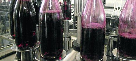 Πτώση στην παραγωγή οίνου κατά 10% εκτιμά το ΥπΑΑΤ