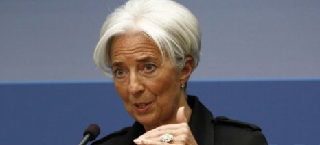 Η Λαγκάρντ συνδέει την ελάφρυνση του χρέους με το ασφαλιστικό