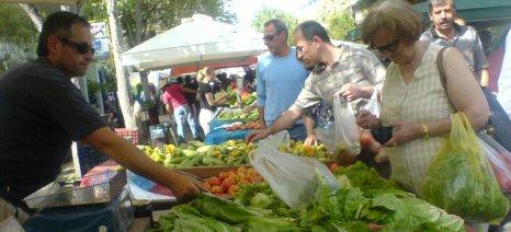 Εξάμηνη παράταση στις άδειες πωλητών λαϊκών αγορών Αττικής