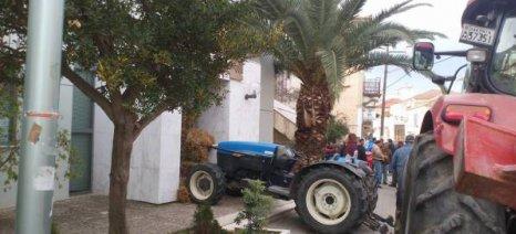 Επ' αόριστον αποκλεισμός του Διοικητηρίου της Λακωνίας από τους αγρότες την Παρασκευή