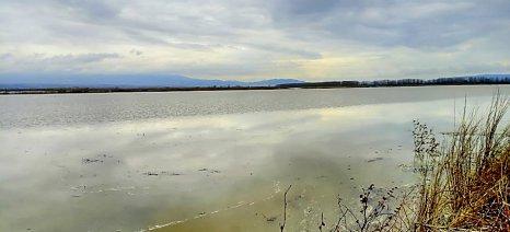 Ψαράδες έγιναν οι Σερραίοι αγρότες - απαγόρευσε την αλιεία η Περιφέρεια
