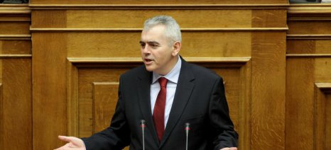 Προσλήψεις κτηνιάτρων για αποτροπή της πανώλης των χοίρων ζητά ο Χαρακόπουλος