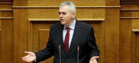 Μ. Χαρακόπουλος: Ανεπαρκή τα μέτρα για τους ελέγχους στο γάλα
