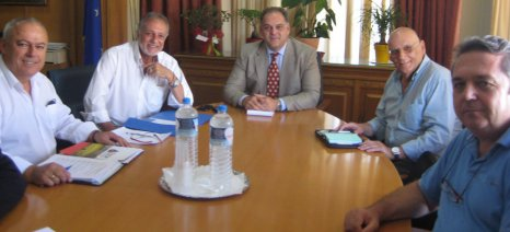 Ο Μελάς ενημέρωσε τον ΣΕΚ για το πακέτο των 500 εκατ. ευρώ της Κομισιόν