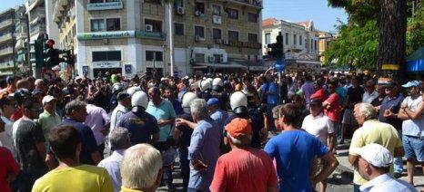 Έλεγχοι στη Μυτιλήνη για αισχροκέρδεια σε βάρος προσφύγων