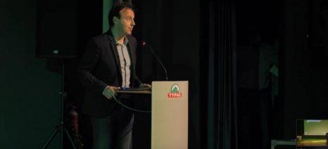 «Καθήλωσε» το κοινό ο Μιχάλης Μπλέτσας, μιλώντας στα Τρίκαλα για την τεχνητή νοημοσύνη
