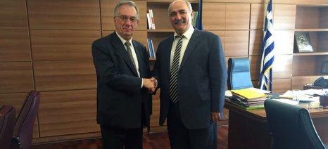Για τις εξαγωγές ελληνικών προϊόντων στη Αυστραλία συζήτησε ο Μπόλαρης με τον πρέσβη Γκρίφιν