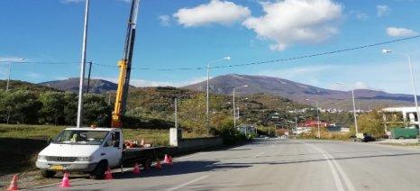 Αποκατάσταση βλαβών ηλεκτροφωτισμού στο οδικό δίκτυο της Νάουσας