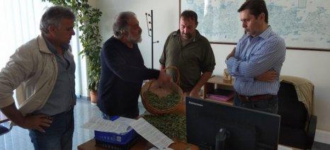 Διαμαρτυρία στα γραφεία του ΟΠΕΚΕΠΕ στην Κρήτη για το ζήτημα των εξισωτικών αποζημιώσεων