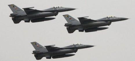 Μπαράζ παραβιάσεων του εθνικού εναερίου χώρου από τουρκικά αεροσκάφη