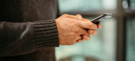 Με ταχύτερους ρυθμούς οι αγορές μέσω κινητών συσκευών