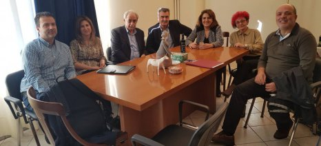 Διαδοχικές συναντήσεις Τελιγιορίδου με εκπροσώπους από τη Φλώρινα, τη Λιβαδειά και τις Κυκλάδες