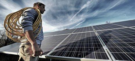 Φθηνότερη από το 2025 η ηλεκτροπαραγωγή με φωτοβολταϊκά από τη συμβατική