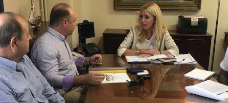 Συνεταιρισμούς με όρους αγοράς θα προωθεί το νέο νομοσχέδιο για τις οργανώσεις, λέει η Αραμπατζή