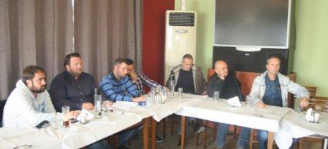 Συμβολικός αποκλεισμός του κόμβου Πλατυκάμπου από τους αγρότες Λάρισας στις 18 Δεκεμβρίου
