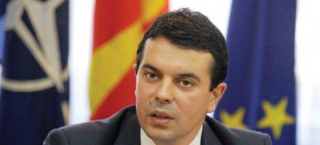Ευθύνες στην Ελλάδα ρίχνει ο Ποπόσκι για την εισροή προσφύγων στην ΠΓΔΜ