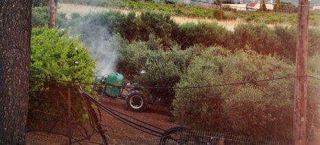 Συνελήφθη αμπελουργός στην Κρήτη που ψέκαζε με νεφελοψεκαστήρα