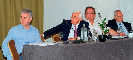 ΣΕΑΟΠ και ΑΑΔΕ: Συνεργασία για την ανάπτυξη της ποτοποιίας, με περιορισμό του χύμα