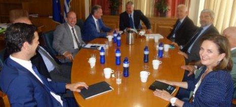 Σχέδιο δράσης με πολιτικές ανάπτυξης ανά κλάδο ετοιμάζει το ΥΠΑΑΤ