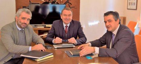 Σκούρας-Κασαπίδης συναντήθηκαν για τα θέματα του οινοποιητικού κλάδου