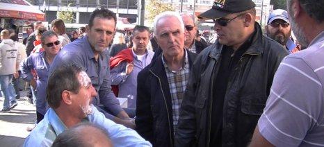 Αναίτια επίθεση αστυνομικού στον Σπανούλη του ΠΣΑΦ στο αγροτικό συλλαλητήριο