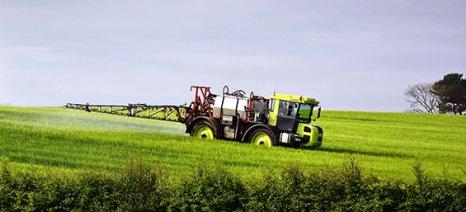 Οι αποστάσεις ψεκασμών από οικισμούς για κάθε είδος γεωργικού φαρμάκου