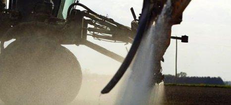 Στο μικροσκόπιο το ζιζανιοκτόνο Engenia της BASF μετά από μαζικές αγωγές αγροτών - Κατακρημνίζεται η μετοχή