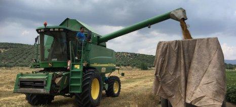 Ο Παπαδημητρίου απαντά στον Κεγκέρογλου: Οι αγρότες που δεν έχουν την εμπορική ιδιότητα δεν εντάσσονται στον εξωδικαστικό μηχανισμό