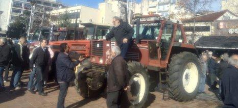Αγροτοκτηνοτροφικό συλλαλητήριο με τρακτέρ στην Καρδίτσα
