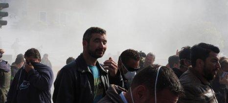 Έληξε το παναγροτικό συλλαλητήριο, έμειναν τα προβλήματα - φωτορεπορτάζ και χρονικό της κινητοποίησης (upd)