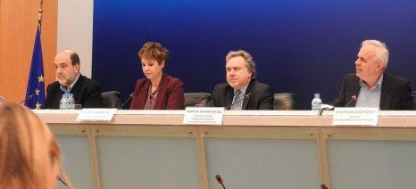 Ποιες βελτιώσεις μελετά η κυβέρνηση για ασφαλιστικό και φορολογικό των αγροτών - Αναζητούνται ισοδύναμα