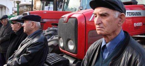 Τροπολογία ΚΚΕ για ρύθμιση οφειλών αγροτών προς τον ΟΓΑ