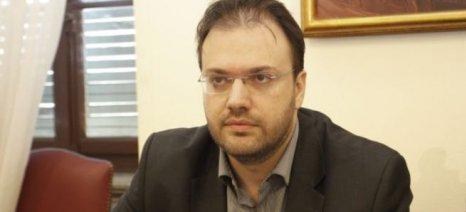 Παρέμβαση Θεοχαρόπουλου για τα άδικα φοροεισπρακτικά μέτρα, με ερώτηση 19 βουλευτών της Συμπαράταξης