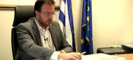 Ο επικεφαλής του Επικρατείας ΠΑΣΟΚ-ΔΗΜΑΡ, Θ. Θεοχαρόπουλος, την Παρασκευή στην Καβάλα