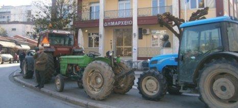 Αποζημιώσεις από τον ΕΛΓΑ για τους αγρότες του Τυρνάβου ζητά η «Λαϊκή Συσπείρωση»
