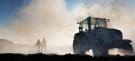 Reuters: Οι ημέρες των Ελλήνων αγροτών είναι μετρημένες