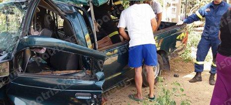 Πέντε τραυματίες σε τροχαίο στον Πύργο – Αγροτικό αυτοκίνητο «καρφώθηκε» σε δέντρο