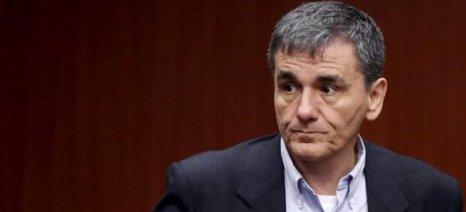 Βουλή: Ο Τσακαλώτος προειδοποιεί για τα «κόκκινα» δάνεια