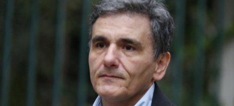 Επιστροφή φόρου στους αγρότες θα επιδιώξει η κυβέρνηση, σύμφωνα με τον Τσακαλώτο