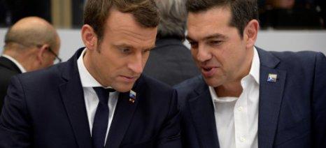 Γαλλική στήριξη, αλλά και... σενάριο νέων μέτρων